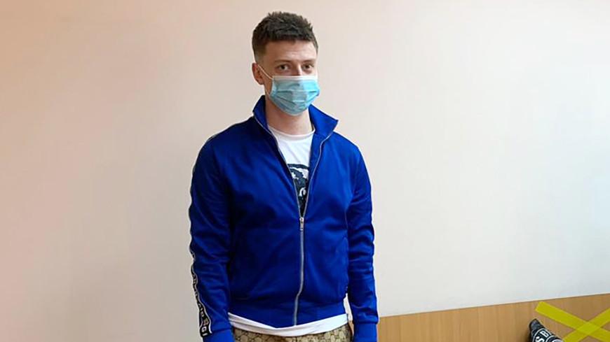 За избиение на стриме блогер Mellstroy приговорен к полугоду исправительных работ