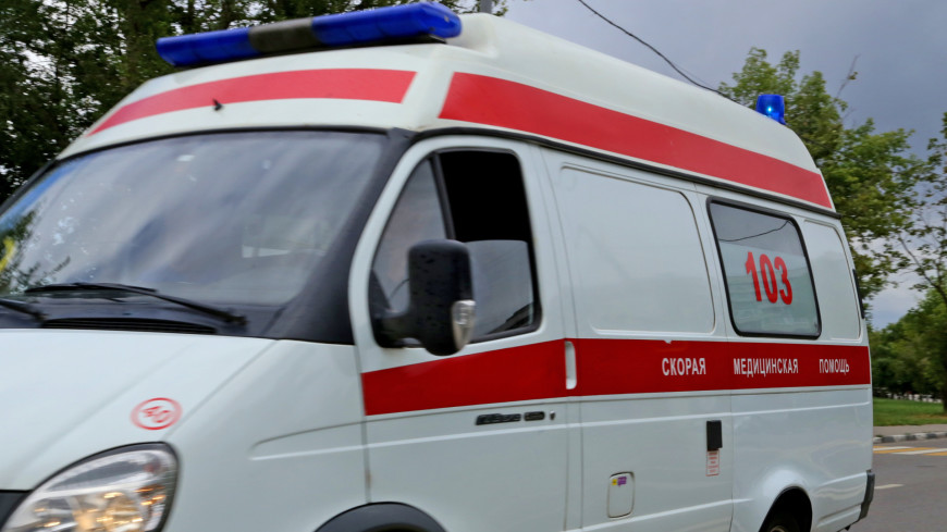 В ДТП со скорой и грузовым фургоном в Волгоградской области пострадали пять человек
