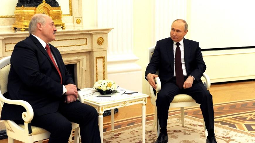 Путин и Лукашенко обсудили увеличение рейсов из Беларуси в Россию