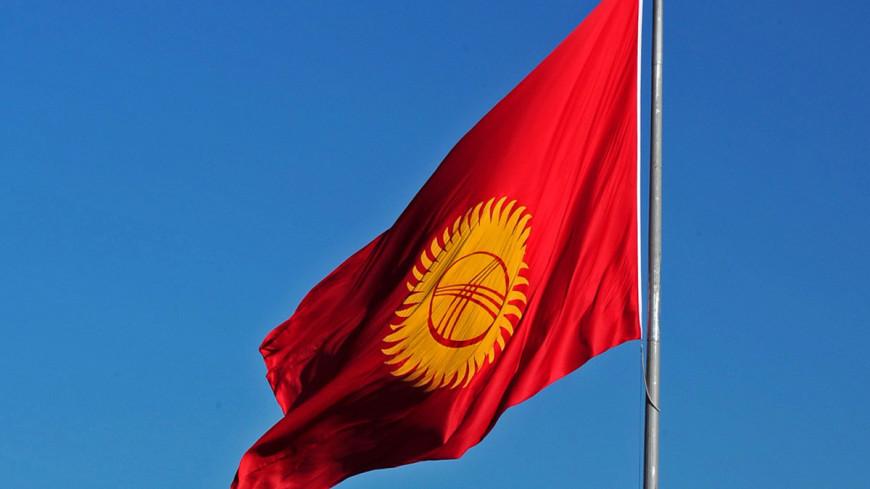 Парламент Кыргызстана в первом чтении принял законопроект о выборах президента