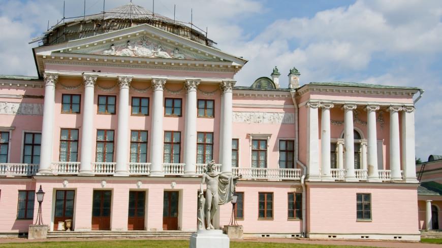Уникальный в России театр, сохравнивший с XVIII века сцену и зал, отмечает свое 226-летие