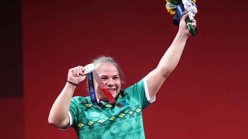 Штангистка Полина Гурьева принесла Туркменистану первую олимпийскую медаль