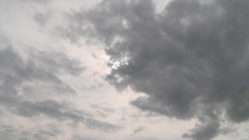 Погода в СНГ: в Казахстане горят степи, на юге Армении обещают дожди с градом