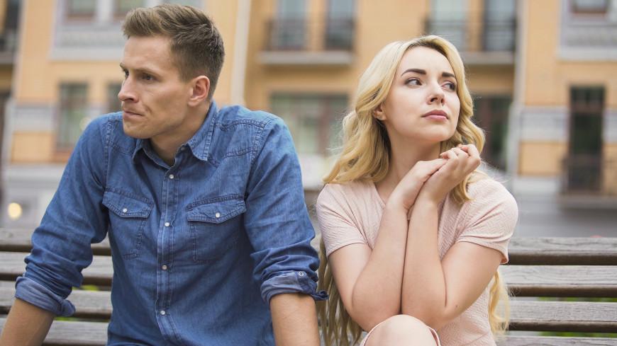 Мужчины перестали быть добытчиками: психологи рассказали, почему россияне бьют рекорды по разводам