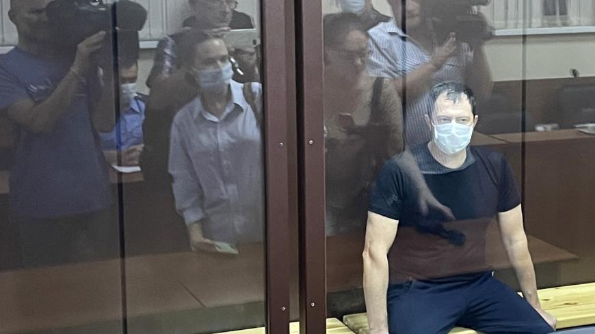 Фигурантов дела о коррупции в УГИБДД Ставрополья отправили в СИЗО