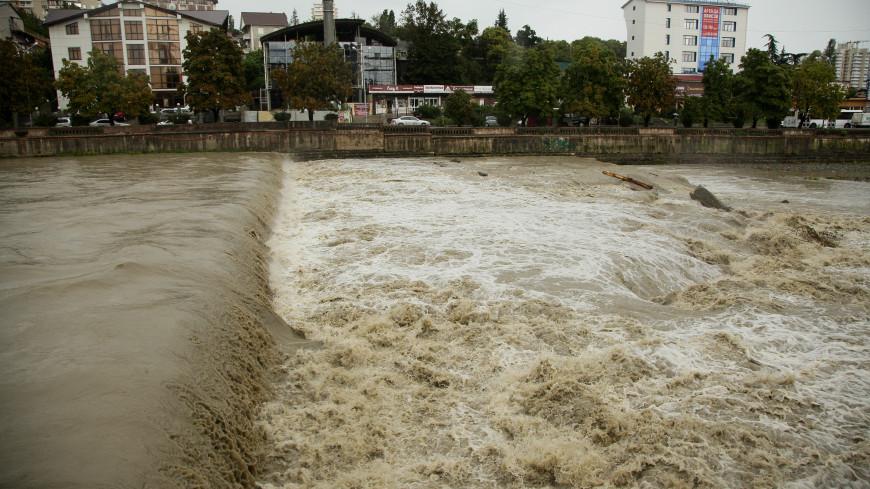 Потоп на Кубани: в шести районах края введен режим ЧС