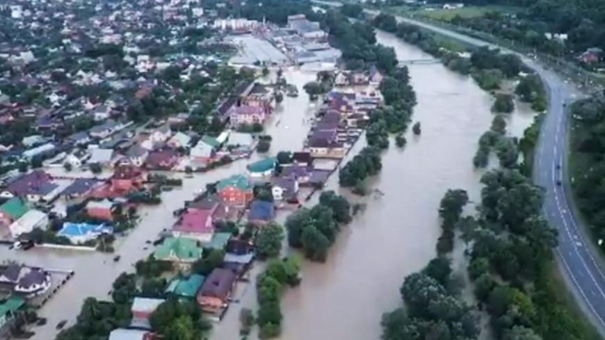На помощь пострадавшим от паводков жителям Дальнего Востока выделили 1 млрд рублей
