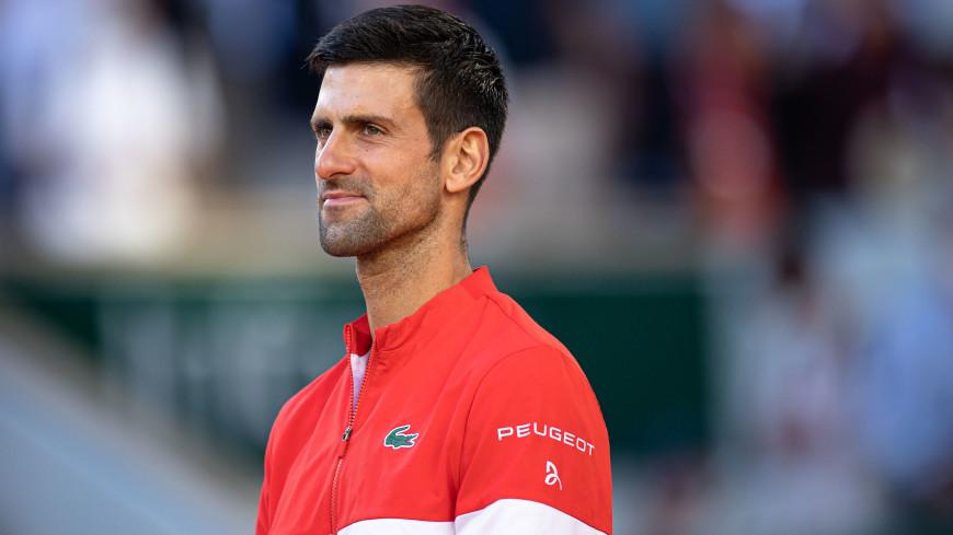 Джокович после победы на Уимблдоне повторил рекорды Надаля и Федерера