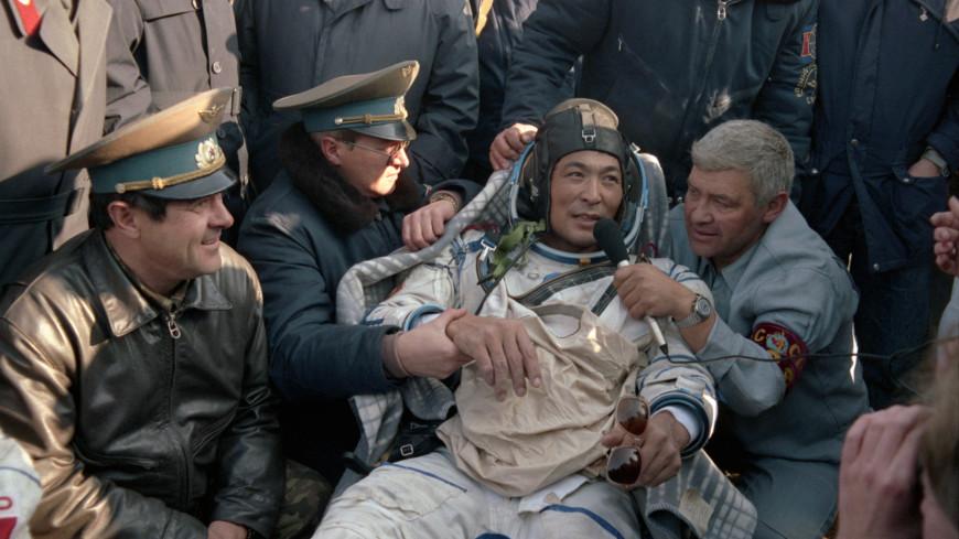 Первый космонавт Казахстана: Токтар Аубакиров отмечает 75-летие