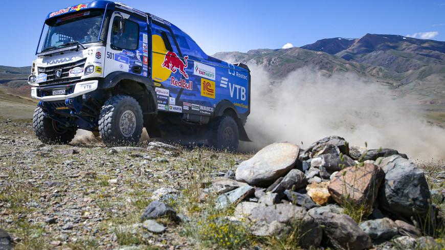 Сотников занял первое место в ралли «Шелковый путь» в зачете грузовиков