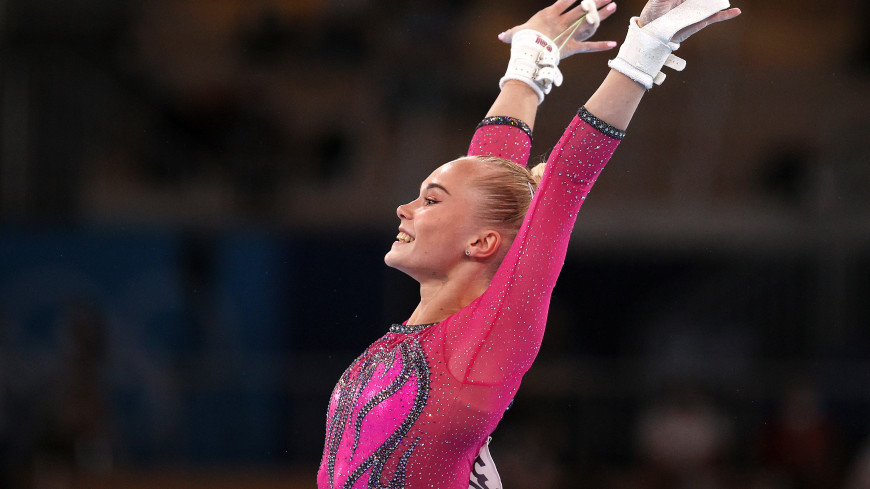 Гимнастка Мельникова завоевала бронзу в личном многоборье на Олимпиаде
