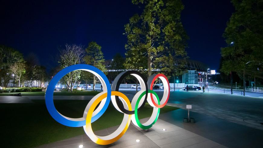 Главные новости за ночь: золото и поражения на Олимпиаде, подъем биткоина и ремонт моста в Забайкалье