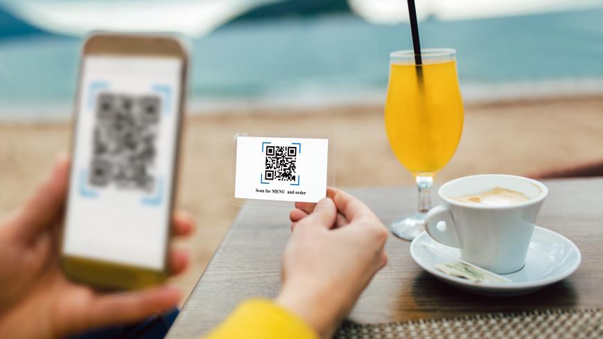 Москвичи смогут посещать рестораны по временной татуировке с QR-кодом