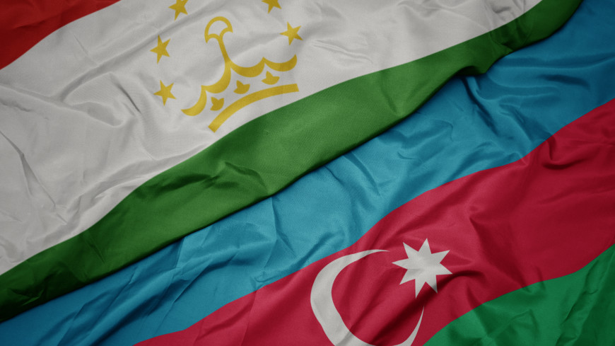 Рахмон и Алиев обсудили таджикско-азербайджанские отношения