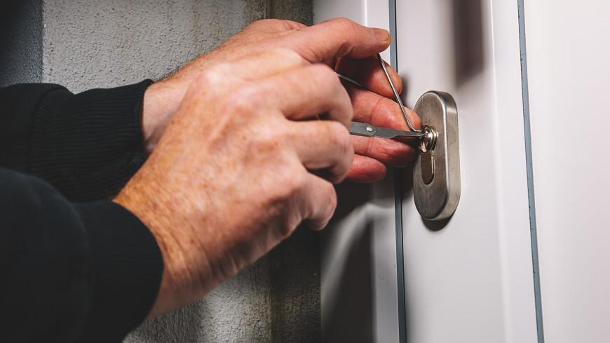 Квартиры 22% россиян ограбили, пока они находились в отпуске