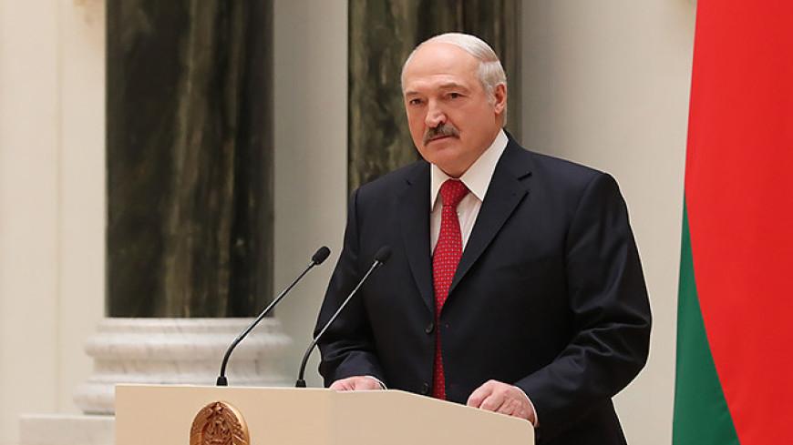Лукашенко: Референдум по Конституции пройдет не позже февраля 2022 года