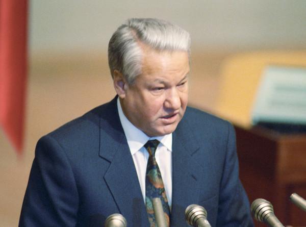 День России: как Борис Ельцин 31 год назад изменил историю огромной страны