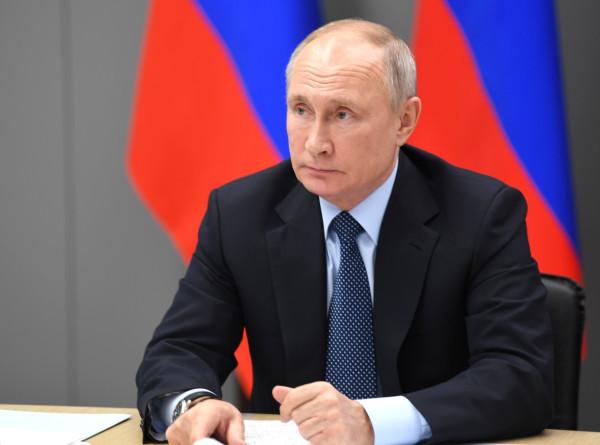 Путин: Президент Байден радикально отличается от Трампа