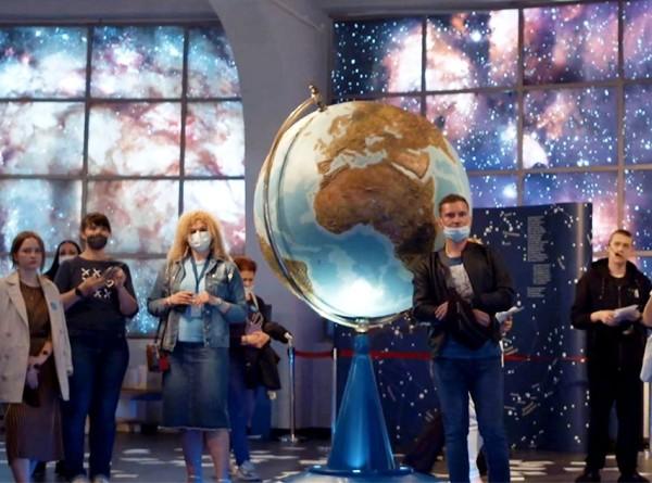 «Покорение» – театр с видом на звезды в Московском планетарии