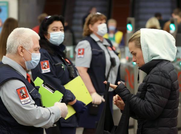 Коронавирус в СНГ: «антимасочники» приближают карантин