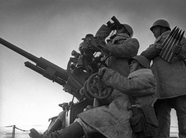Сталин против англичан: как генерал Трусов предотвратил начало Третьей мировой войны?