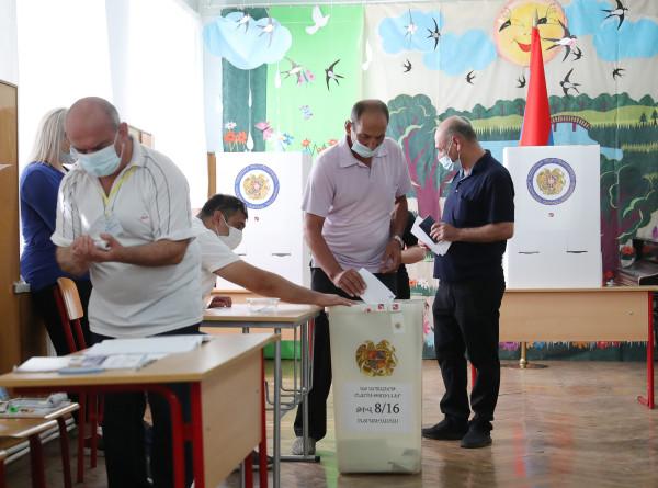 За ходом голосования в Армении можно наблюдать в режиме реального времени