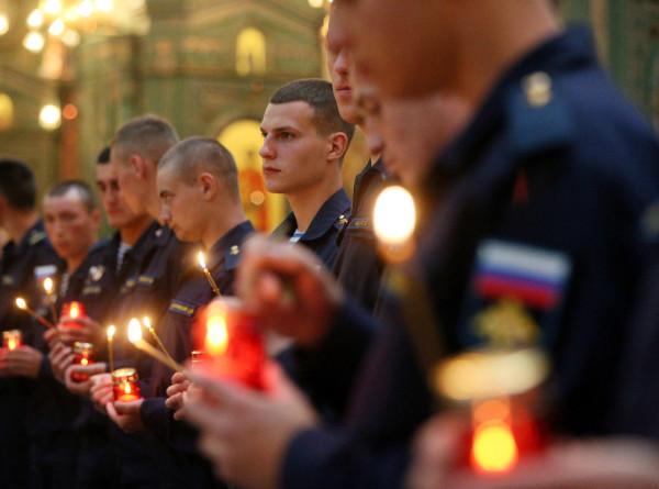«Свеча памяти»: панихида по жертвам ВОВ прошла в Главном храме Вооруженных сил России