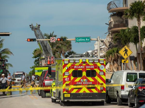Обрушение дома во Флориде: из-под завалов извлекли 37 человек