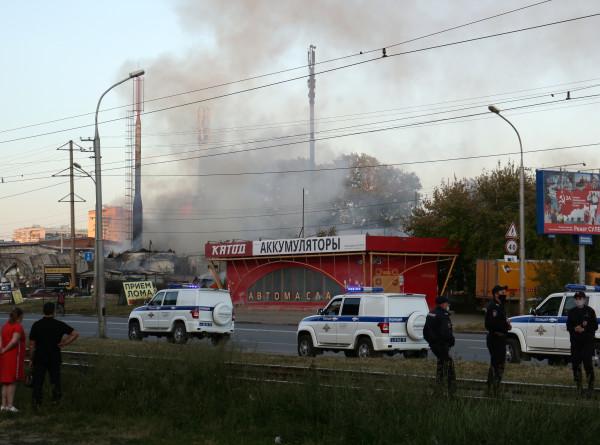 Число пострадавших при пожаре на заправке в Новосибирске выросло до 35