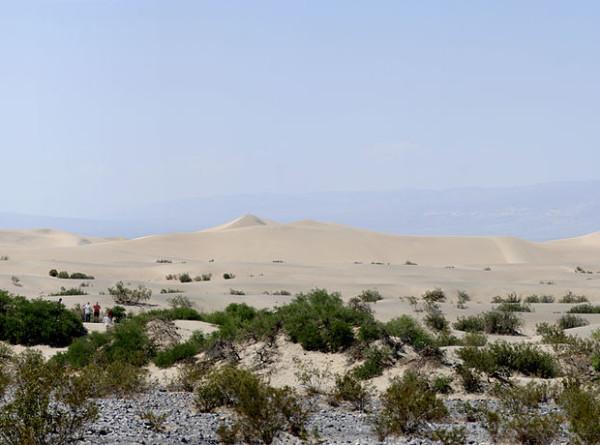 Адское пекло: в Долине смерти в США температура поднялась до плюс 54 градусов