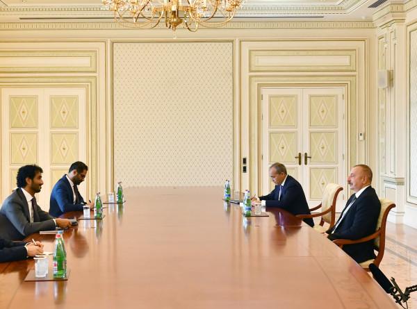 Укрепление сотрудничества: Алиев встретился с министром экономики ОАЭ