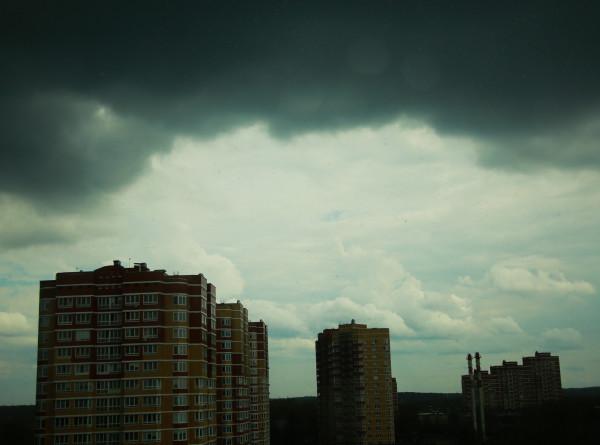Штормовое предупреждение из-за аномальной жары объявлено в ряде регионов России