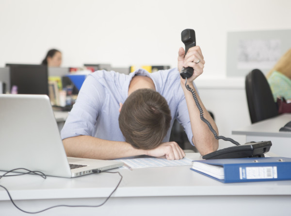 Привычка терпеть: психолог объяснила нежелание много зарабатывать