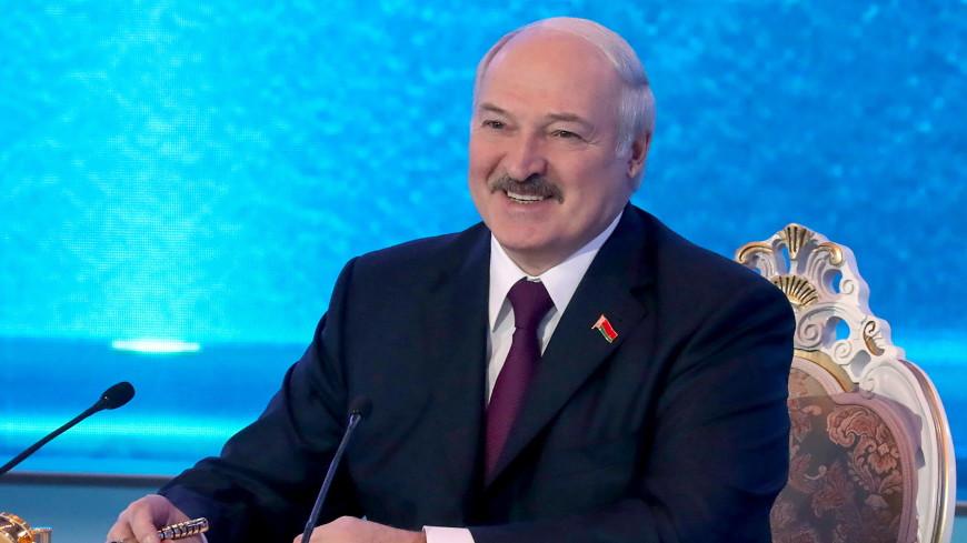«Наши отношения закалены в противостоянии угрозам»: Лукашенко поздравил россиян с Днем России