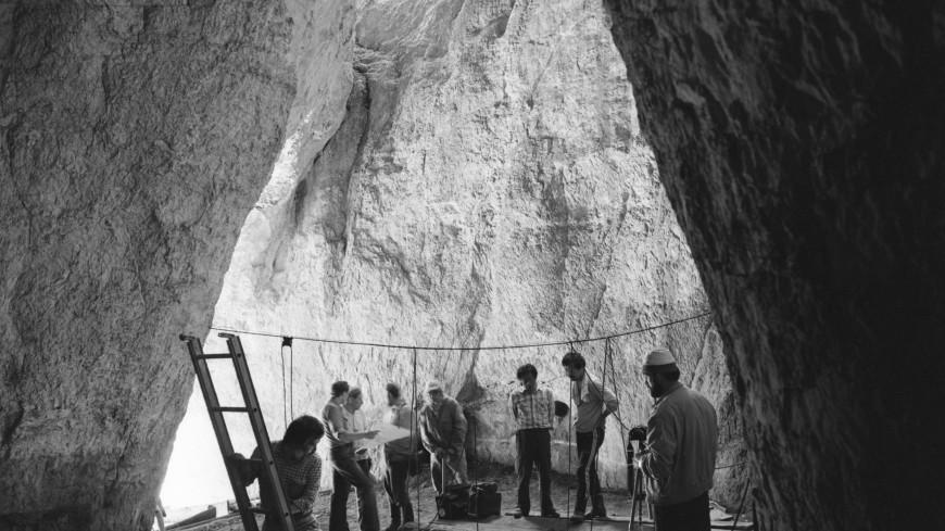 Историю заселения Денисовой пещеры восстановили по анализу ДНК