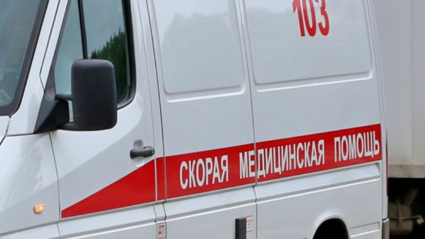 В Ярославле автобус въехал в столб: госпитализированы 10 человек