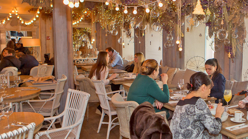 "Фото: Алан Кациев (МТРК «Мир») ""«Мир 24»"":http://mir24.tv/, еда, ресторан, кафе, общество"