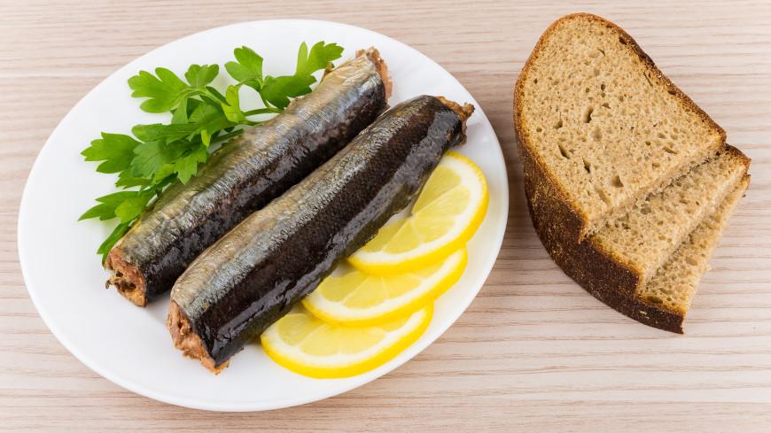 Старейший производитель рыбных консервов пожаловался на массовую подделку сайры