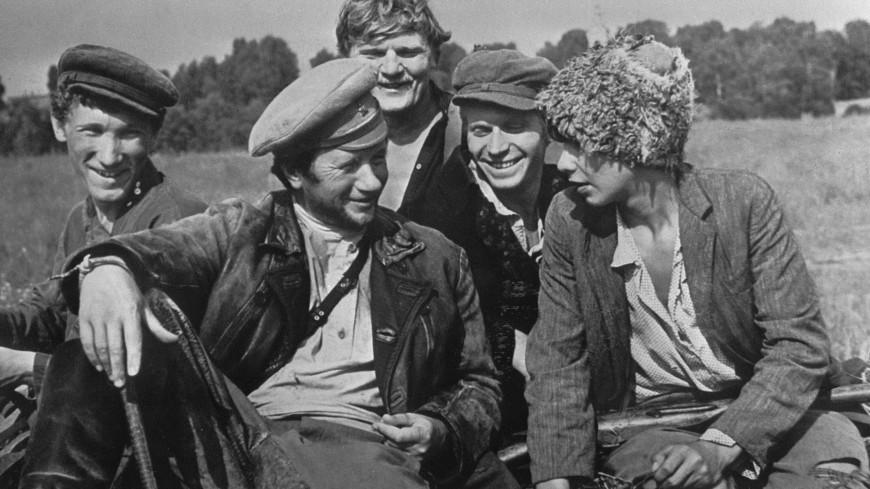 Высокий полет Леонида Быкова: как артист вырос в режиссера культовых фильмов о войне