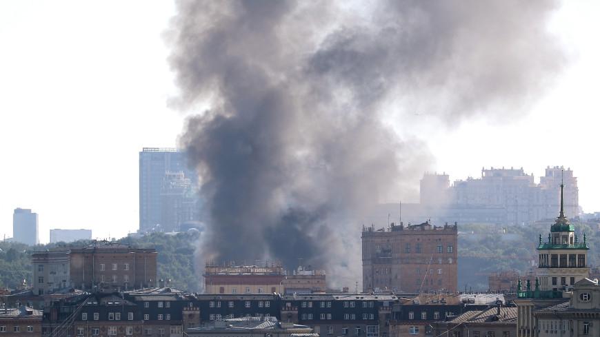 В центре Москвы загорелся склад пиротехники (ВИДЕО)