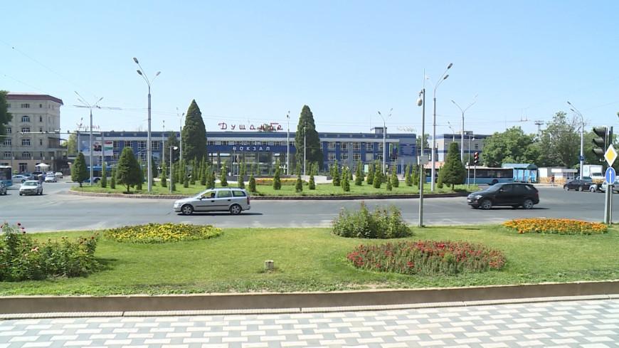 Погода в СНГ: в Душанбе ожидается сильный ветер, в Бишкеке идеальные условия для парапланеристов