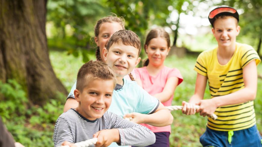 Психолог рассказала, как подготовить ребенка к летнему лагерю