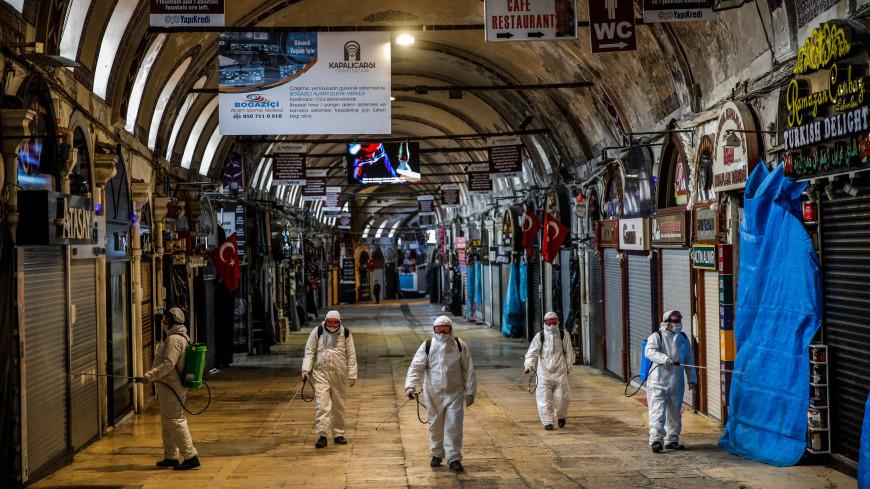 Введенный из-за пандемии комендантский час отменят с 1 июля в Турции