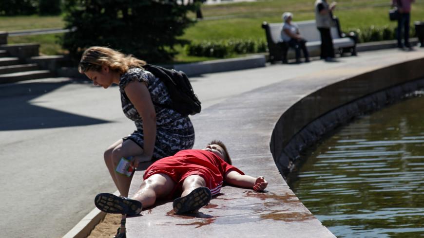 москва, парк, вднх, архитектура, город, фонтан, вода, жара, лето, дизайн, искусство, дети, семья, счастье, брызги