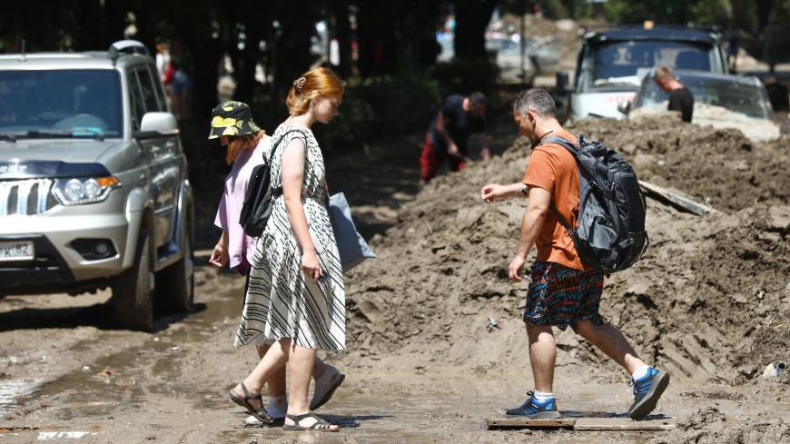 В Ялте продлен запрет на купание в Черном море