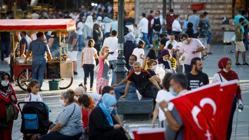 Число заражений коронавирусом на турецких курортах снизилось с апреля в 10 раз