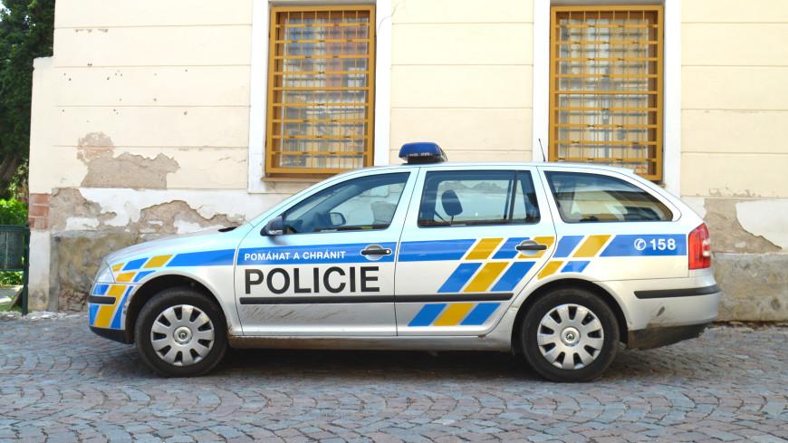 В Чехии полиция устроила погоню за машиной со сковородкой на крыше (ВИДЕО)