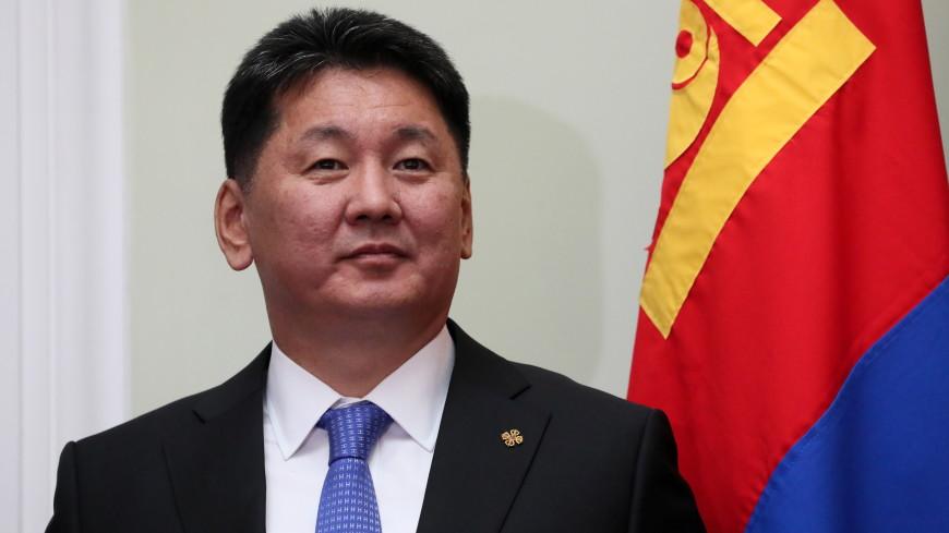 Путин поздравил Ухнаагийн Хурэлсуха с победой на президентских выборах в Монголии