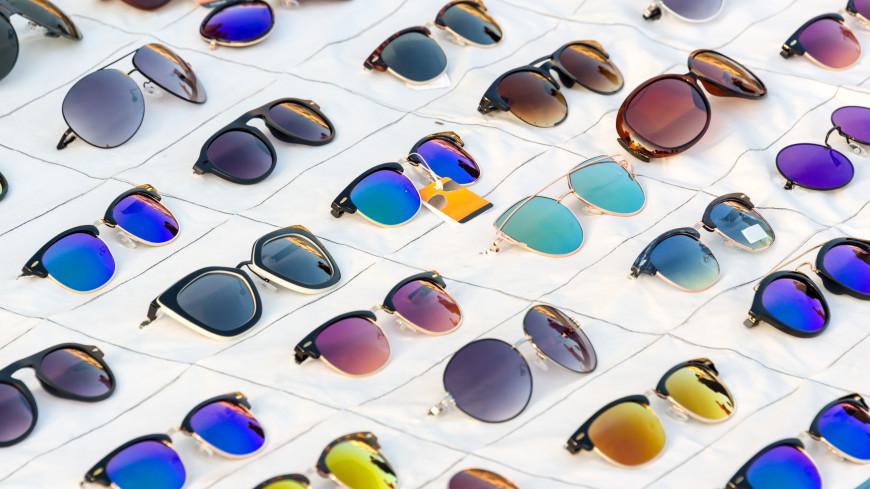 Офтальмолог рассказал, как выбрать безопасные солнцезащитные очки