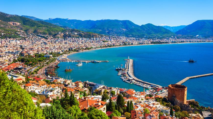 Ростуризм рекомендовал приоритетно отправлять в Турцию владельцев перенесенных туров